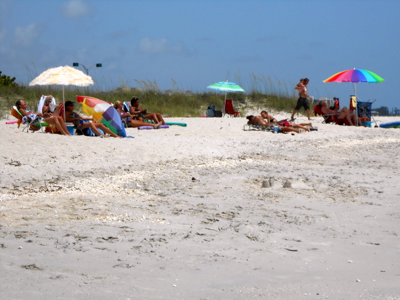 Casey key beaches addy 39 s villas hotel lodging vacation for White sand beach vacations